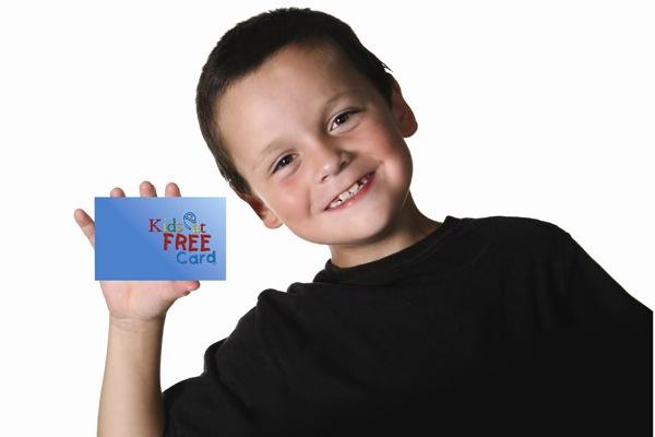 Нужно ли оформлять банковскую карту для ребенка?