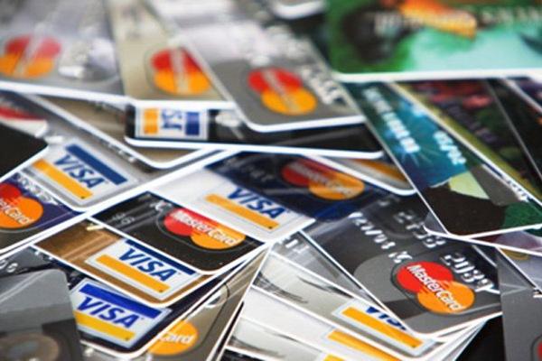 Такие разные кредитные карты банков