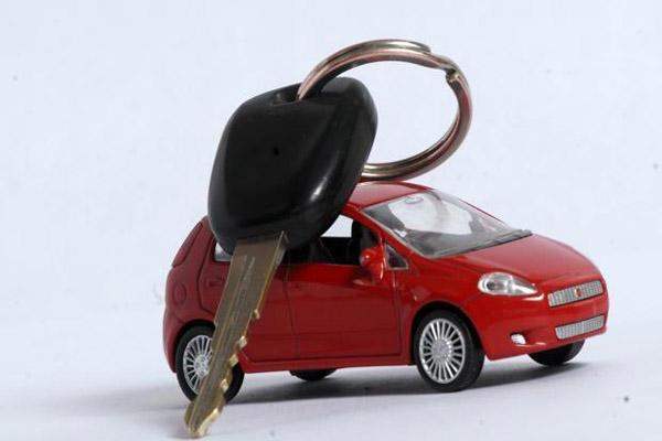 Какие расходы придется понести людям, желающим взять автокредит?