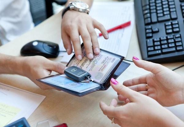Кредиты на автомобиль: как уменьшить размер обязательного платежа