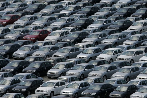 Перекредитование автокредита: когда оно выгодно, и как его провести