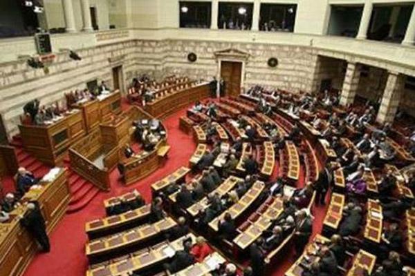 Правительство Греции снова на грани
