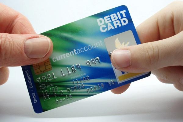 Дебетовая карта с овердрафтом или кредитка: что выбрать?