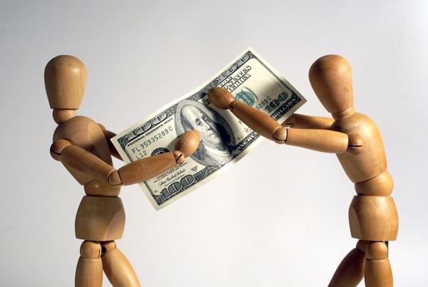 Как быть поручителю, когда заемщик не возвращает долг по кредиту