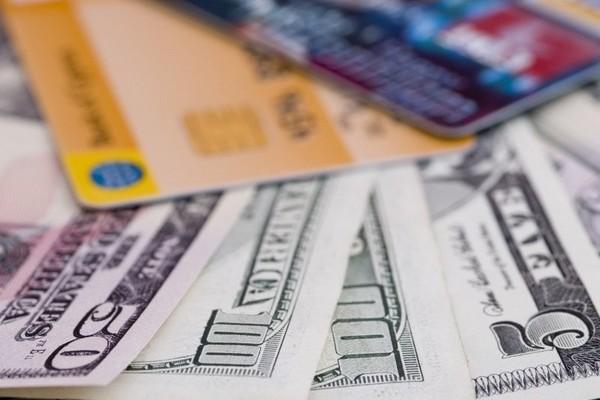 А как у них: кредитные карты и кредиты в странах Запада