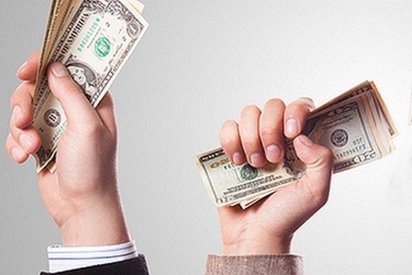 Переход кредитных долгов родственникам: законность действий кредитора