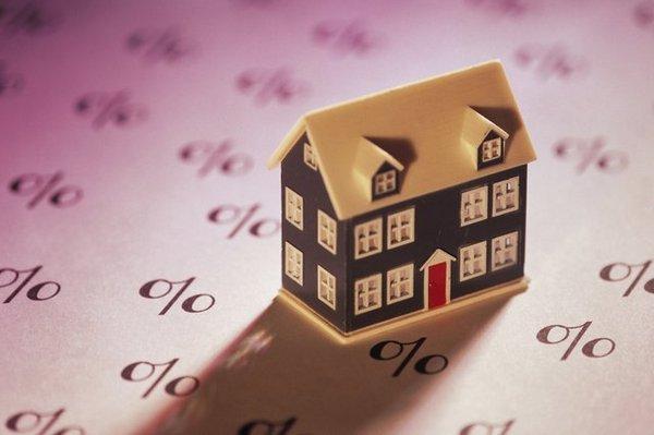 Права кредитора и заемщика: кому принадлежит ипотечная квартира?