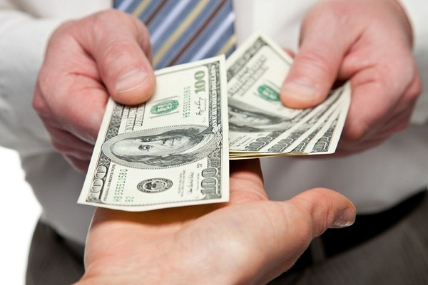 Как взять кредит и выплатить его правильно: советы заемщикам