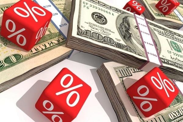 Валютные кредиты теряют актуальность или «займу в рублях, вложу в доллары»