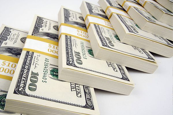 Частные кредиторы: плюсы и минусы кредитных предложений от частных лиц