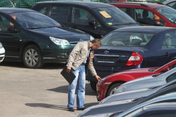 Автомобиль в кредит: сложности автокредитования при покупке подержанного транспорта