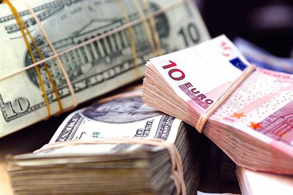 Кредиты в  валюте: особенности оформления и пользования