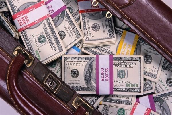 Нужен ли поручитель для оформления бизнес-кредита?