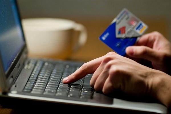 Как пользоваться кредитной картой в Интернете