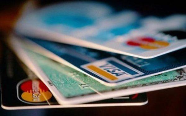 Как правильно пользоваться банковской картой, чтобы не нажить проблем
