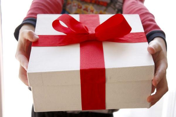 Стоит ли брать кредит на подарок?