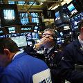 Цена нефти Brent поднялась выше 57 долларов впервые с марта
